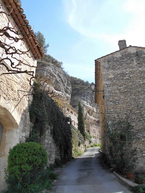 岩の中の小さな村 ル・ボーセ【le Beaucet】_d0153860_18163951.jpg