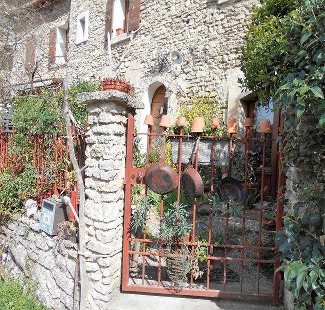 岩の中の小さな村 ル・ボーセ【le Beaucet】_d0153860_18170911.jpg