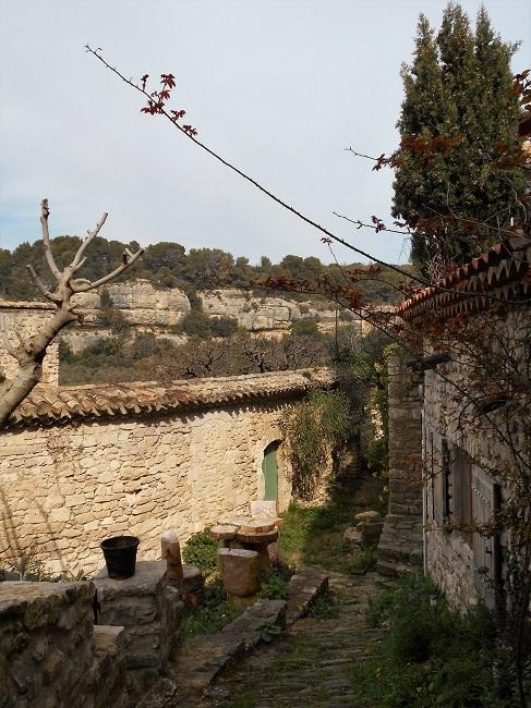 岩の中の小さな村 ル・ボーセ【le Beaucet】_d0153860_18190301.jpg