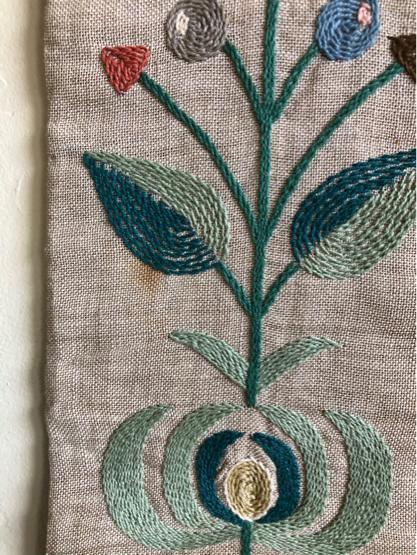 刺繍タペストリー/ DENMARK_c0139773_12204201.jpg