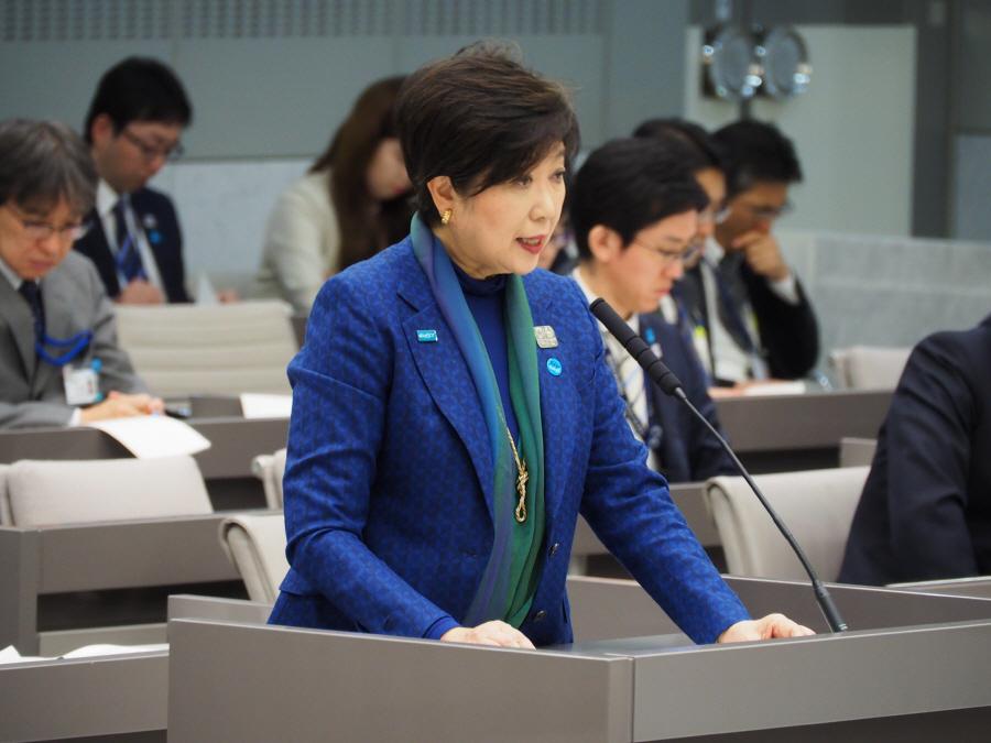 予算特別委員会総括質疑3日目_f0059673_23220882.jpg