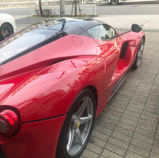 la Ferrari と F40_a0129711_18411155.jpg