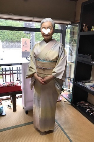 ご来店のお客様・春色の石下結城紬に蘭の染帯。_f0181251_16582978.jpg