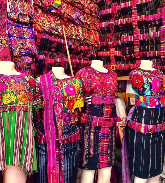 先住民キチェ族の街 チチカステナンゴ@グアテマラ ①_a0092659_20201296.jpg
