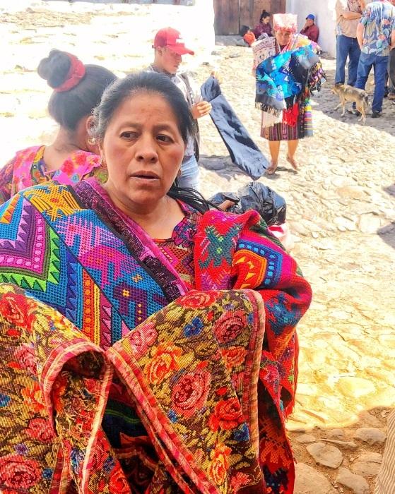 先住民キチェ族の街 チチカステナンゴ@グアテマラ ①_a0092659_20260995.jpg