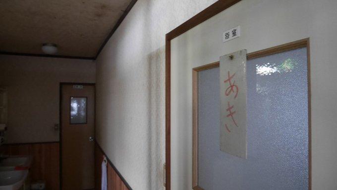 徳山郊外・湯野温泉―改装中だった民宿若武_a0385880_21543753.jpg