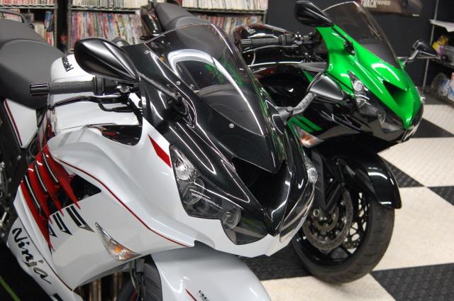 Kawasaki ZX-14R HIGHGRADE ついにファイナルモデルです!!SCS上野新館 _d0099181_15175023.jpg