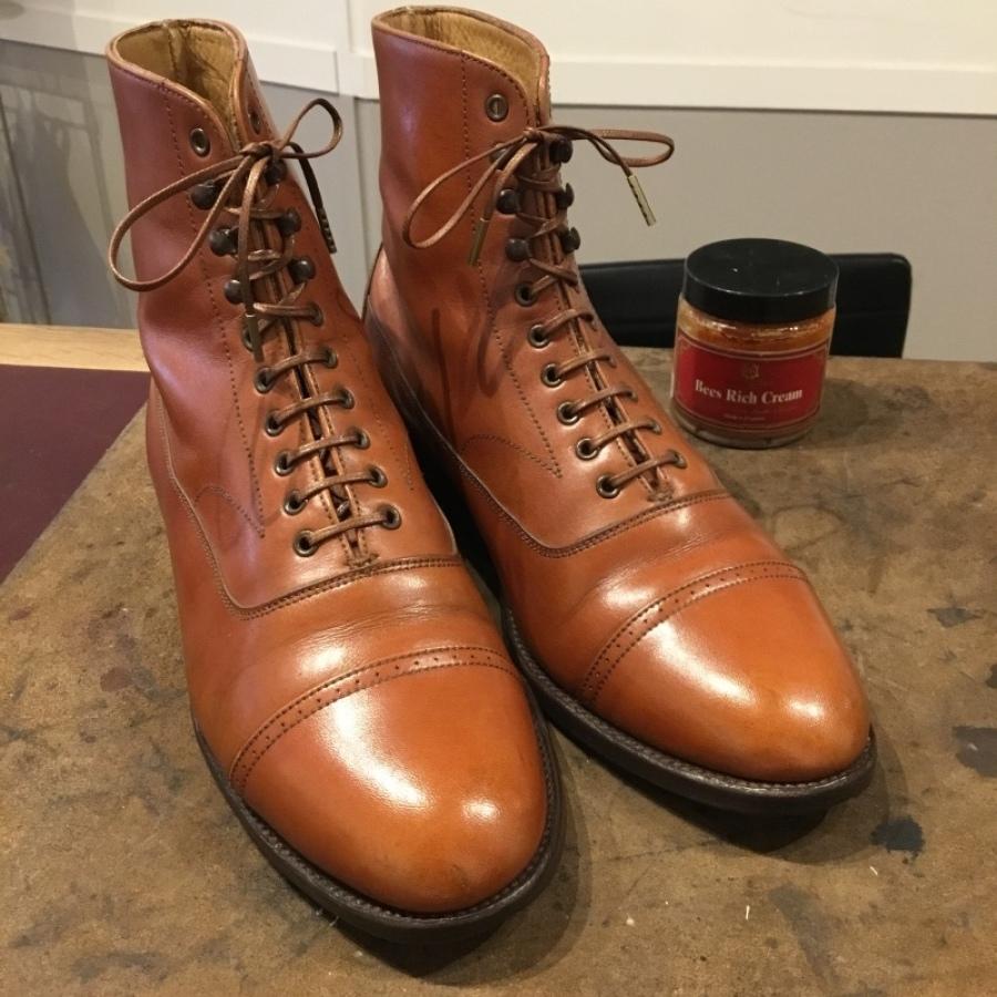 【旧ロゴGRENSON】古靴に残った古クリームを落とす_f0283816_12153678.jpg