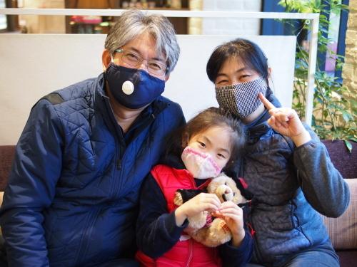 マスク家族(^^♪_e0195325_15572122.jpg