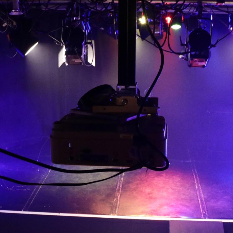メルシアーク神楽坂で「人が集まる劇場づくり」勉強会&アイデアソン_c0060143_23550681.jpg