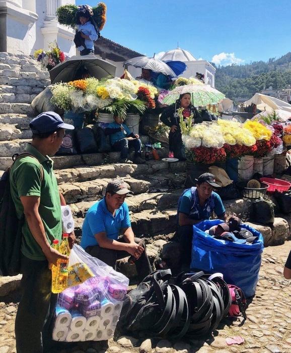 先住民キチェ族の街 チチカステナンゴ@グアテマラ ①_a0092659_20475480.jpg