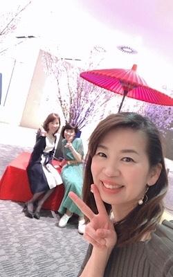 お花見行ってきた~ヒルトンプラザの桜_f0249610_19051878.jpg