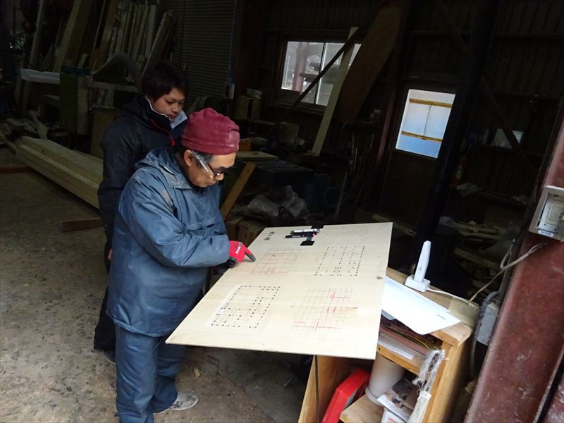 青山の家 建て替え工事 進行中。_f0105112_04042254.jpg