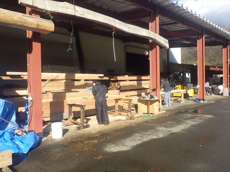 青山の家 建て替え工事 進行中。_f0105112_04114750.jpg