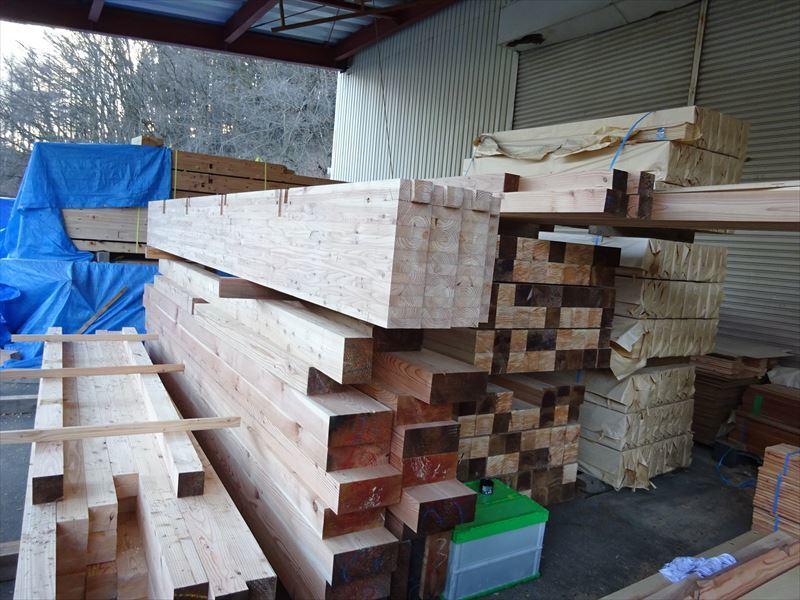 青山の家 建て替え工事 進行中。_f0105112_04114787.jpg