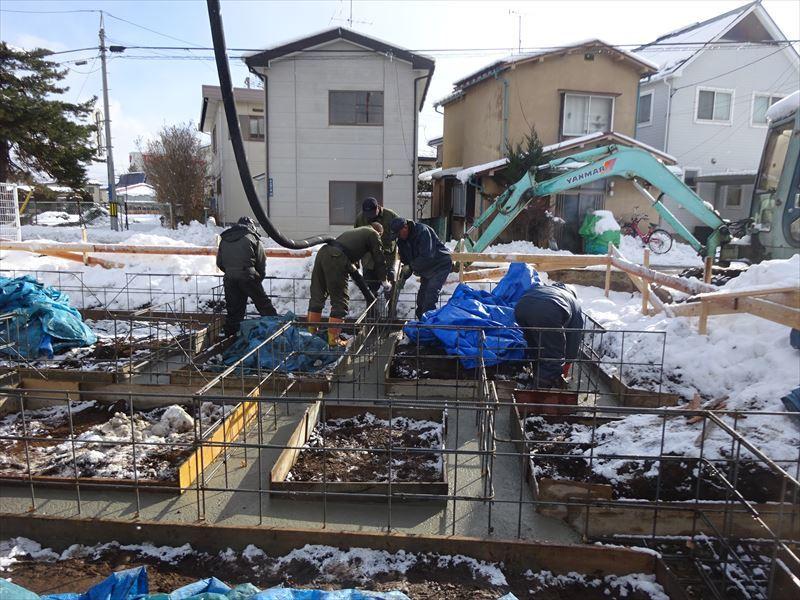 青山の家 建て替え工事 進行中。_f0105112_04171397.jpg