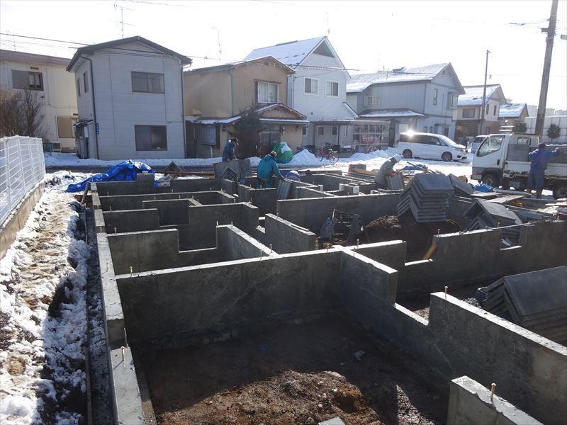 青山の家 建て替え工事 進行中。_f0105112_04264505.jpg