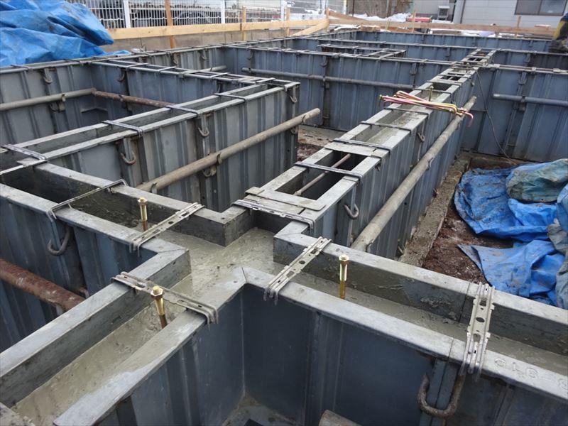 青山の家 建て替え工事 進行中。_f0105112_04264577.jpg