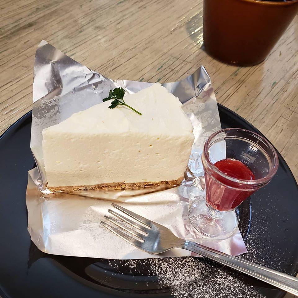 かわいいカフェでお茶タイム♪_d0085328_13124384.jpg
