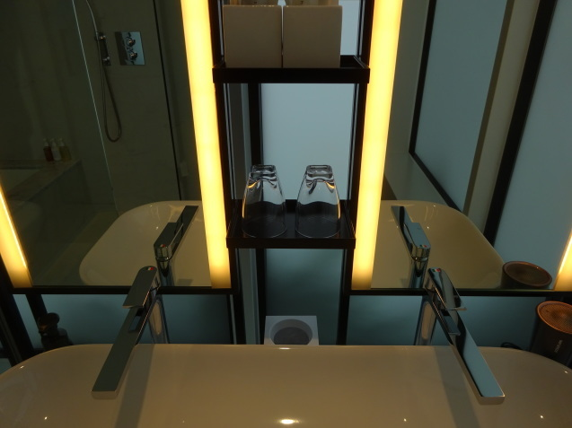 hamacho hotel tokyo (3)_b0405262_22102058.jpg
