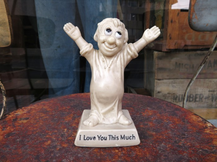 Vintage Message Doll I Love You This Much. 1970_e0187362_11142279.jpg