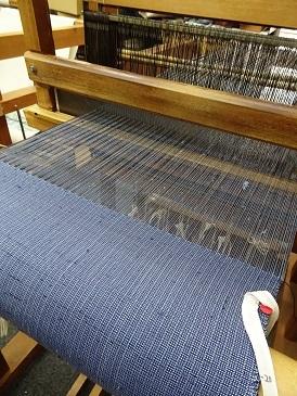 再びの『used denim』な御柱織り。_f0177373_18394347.jpg