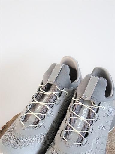 and wander reflective mesh sneaker by salomon _b0139281_16301395.jpg