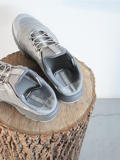 and wander reflective mesh sneaker by salomon _b0139281_16302482.jpg