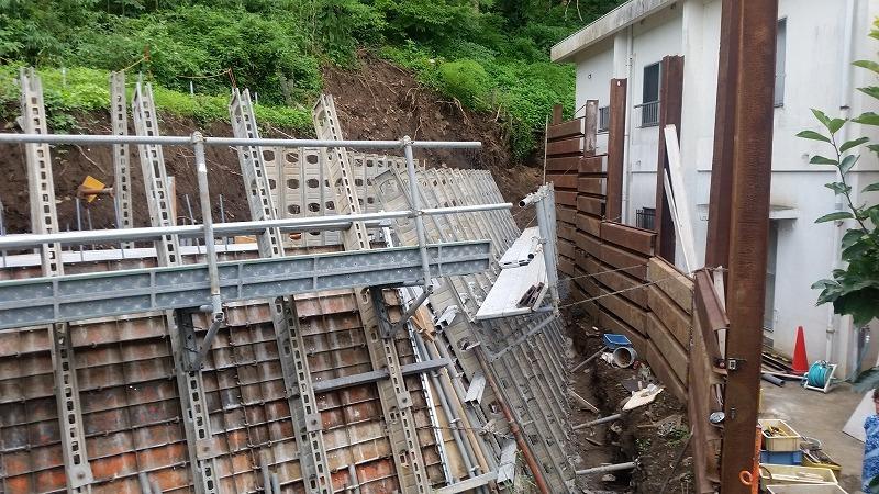 県の急傾斜地崩壊危険対策事業~これで安心!_d0050503_22422504.jpg