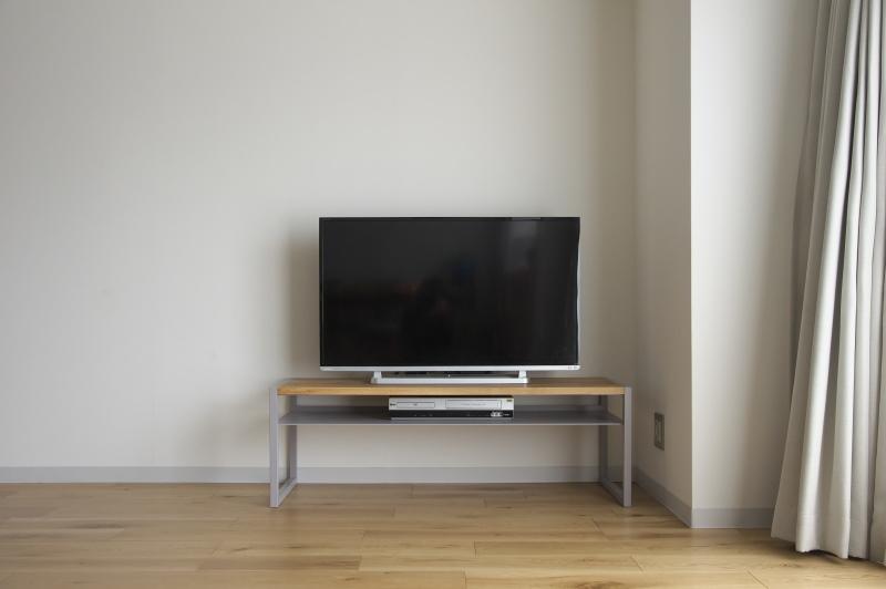 2020.3.17    テレビボード完成_e0192609_17505656.jpg