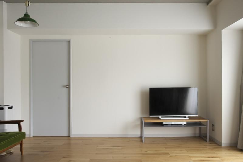 2020.3.17    テレビボード完成_e0192609_17510878.jpg