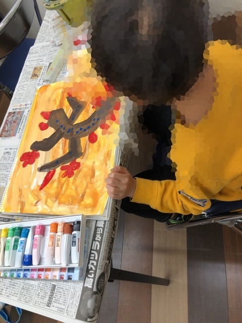 新しい日曜子ども絵画教室。_f0373324_16100096.jpg
