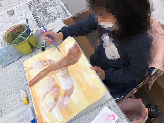 友遊カルチャー、通常の日曜こども絵画教室。_f0373324_16163781.jpg