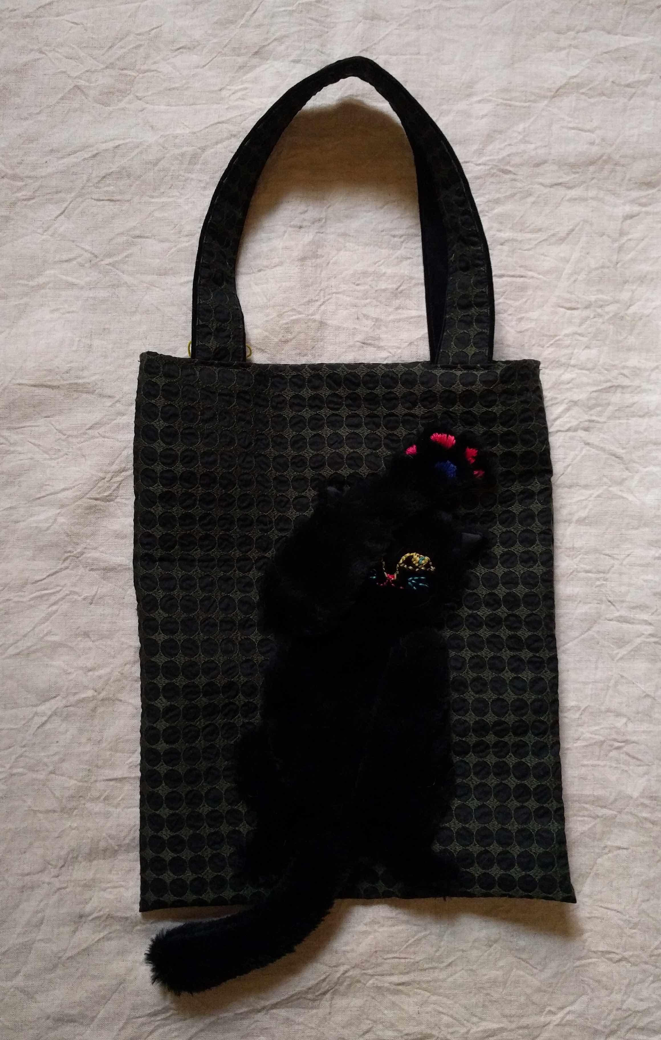 谷みゆきさんの猫パンチバッグ_a0265743_22582139.jpg