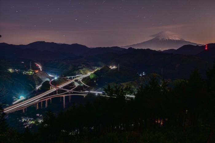 笠雲の富士山_a0307264_14433233.jpg
