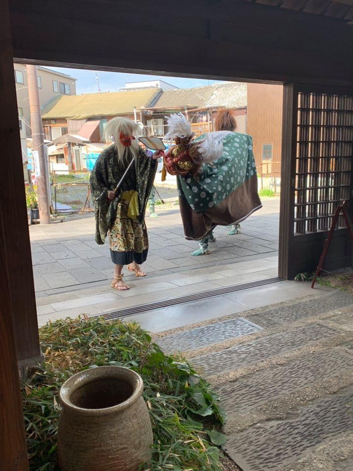 畳屋町獅子舞  兄弟で舞う_d0230676_09244753.jpg