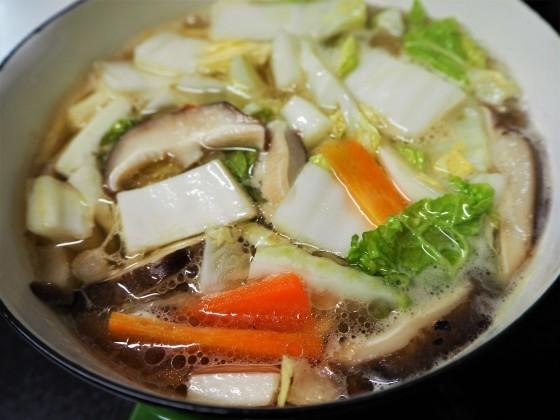 牛すじと野菜のスープ_a0258686_07254781.jpg