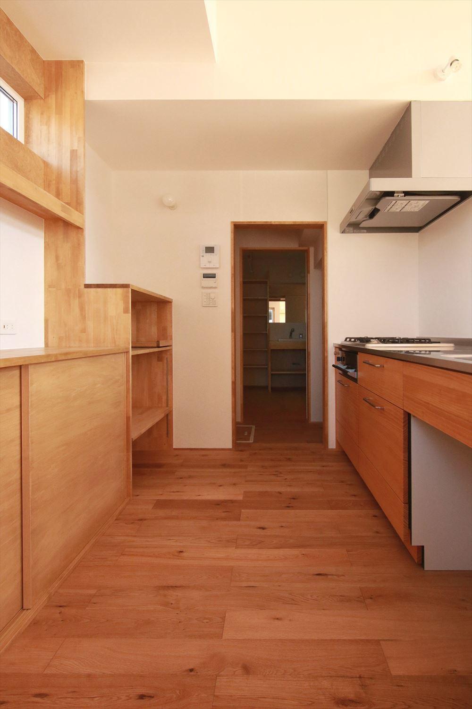 吹抜でつながるタテとヨコに広がる住まい オープンハウスの見どころ_b0349892_14341841.jpg