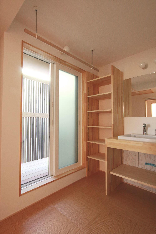 吹抜でつながるタテとヨコに広がる住まい オープンハウスの見どころ_b0349892_14344226.jpg