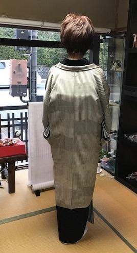 ご来店のお客様・素敵な結城縮に小糸染芸の羽織。_f0181251_17113249.jpg