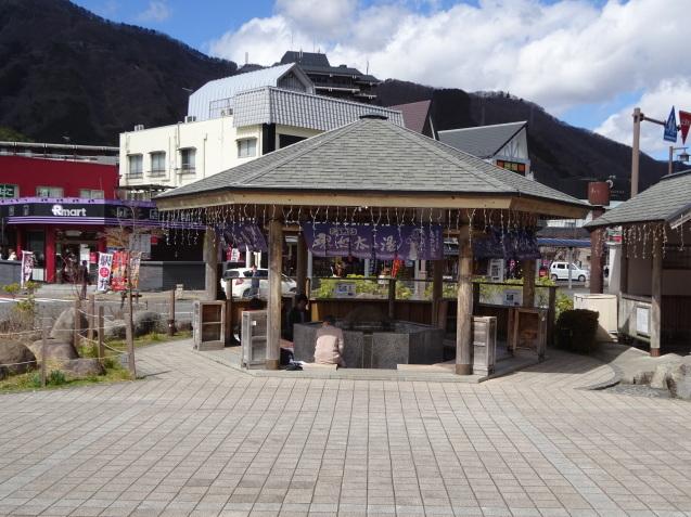 鬼怒川金谷ホテル (1) ホテルまでの食べ歩き_b0405262_21572001.jpg