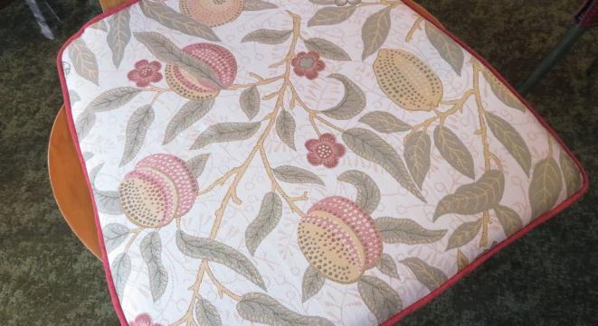 ウィリアムモリス シートクッション『フルーツ(果物)』 モリス正規販売店のブライト_c0157866_18562030.jpg