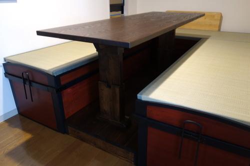 古い和家具のリメイク 2020.03.19_c0213599_23344207.jpg