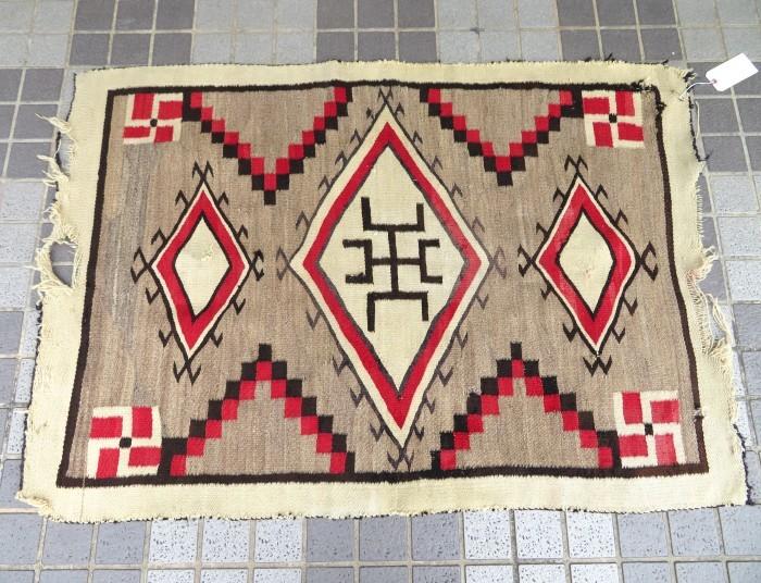 ~20\'s Navajo Swastika Rug + 今週末も新商品大量投入致します !!_e0187362_13375434.jpg