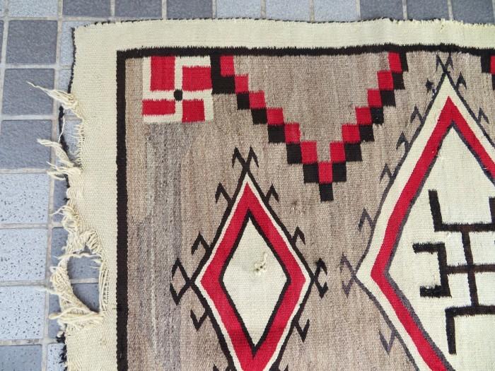 ~20\'s Navajo Swastika Rug + 今週末も新商品大量投入致します !!_e0187362_13390739.jpg