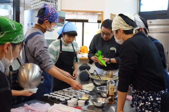 9期生考案!りんごと米粉のカップケーキ「りんごda米(だべい)」が販売開始!_f0238767_13410978.jpg
