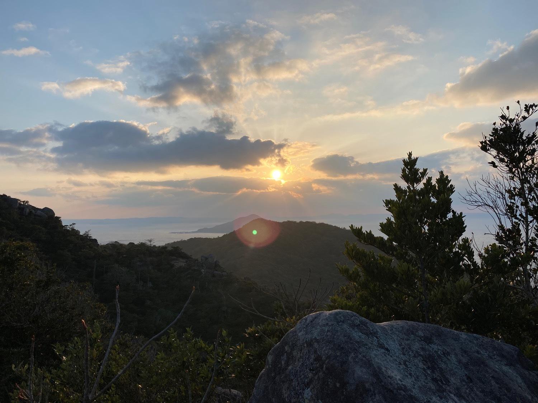 糸島十坊山の続きで夕日を見に立石山へ_f0232994_15152667.jpg
