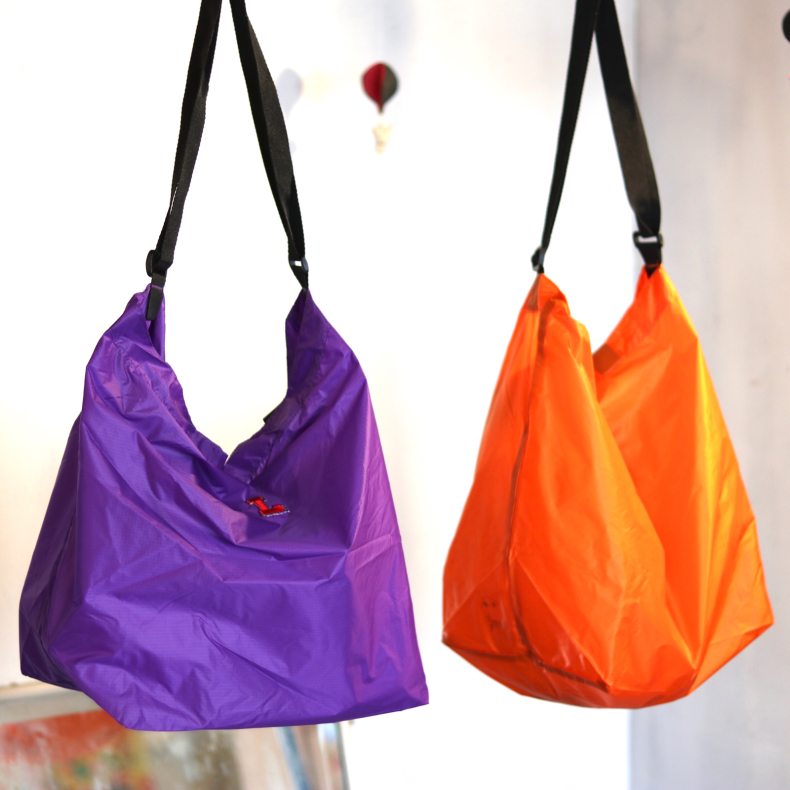 【LIVE LOVE LEARN】NYLON 2WAY BAG_d0000298_18181897.jpg