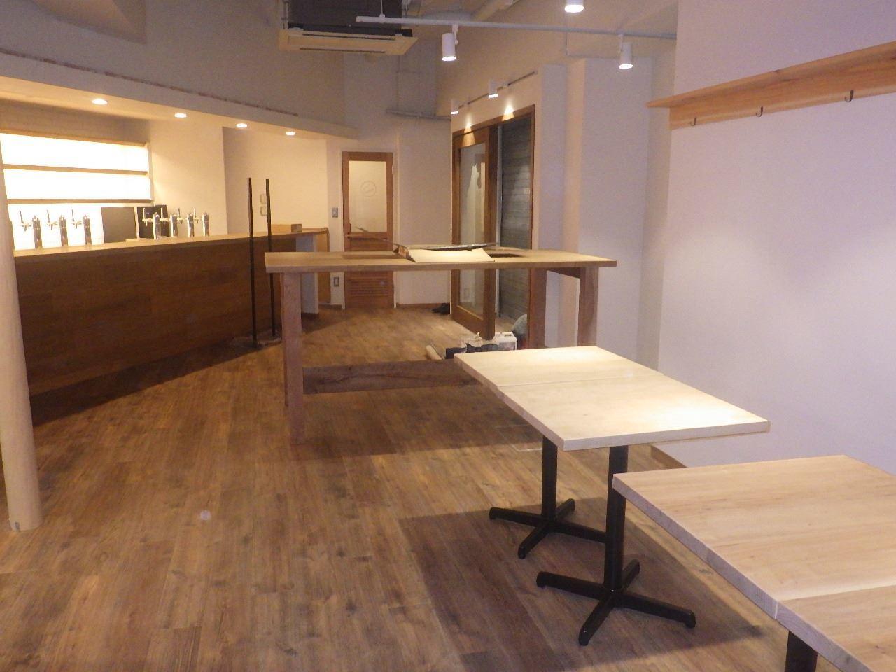 ベアレン醸造所様 駅前新店舗開店工事 工事完了へ!_f0105112_06322291.jpg