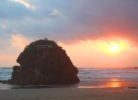 根っこから祈る☆「出雲大社」で「稲佐の浜」からのお砂取り参拝_a0329820_20022718.jpg